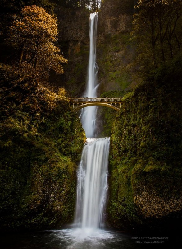 Arched Bridge over Multnomah Falls, Oregon, United States