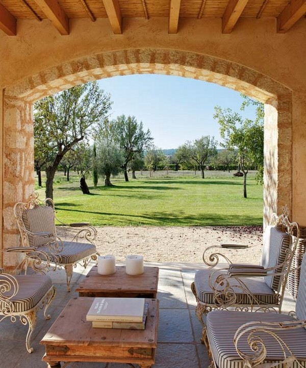 Country House in Mallorca with British influence 2