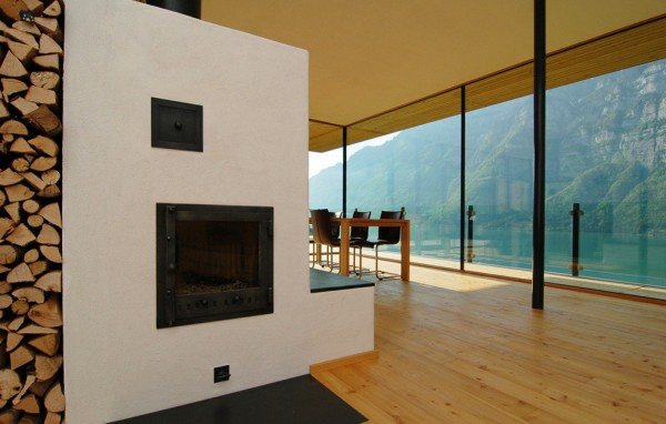 Walensee House on the Lake in Switzerland 4