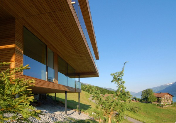 Walensee House on the Lake in Switzerland 7