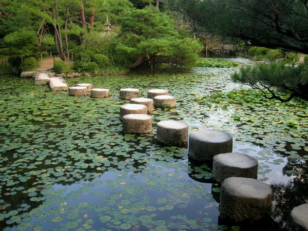 12 Japanese Style Garden Design Ideas 2
