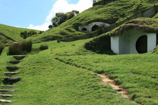 Hobbit Village from Lord Of The Rings 5