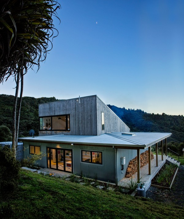 House for a Young Family in New Zealand 22