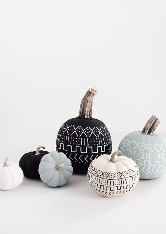 Stylish Halloween Decorating Idea 14