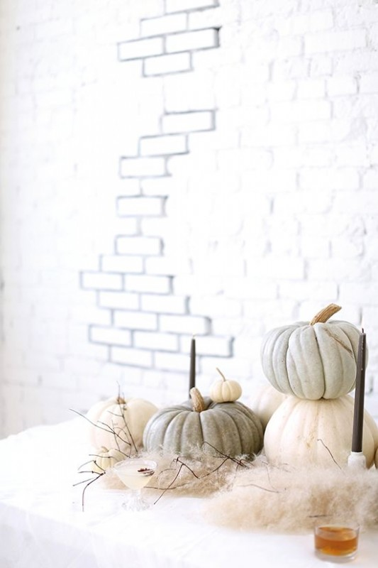Stylish Halloween Decorating Idea 15