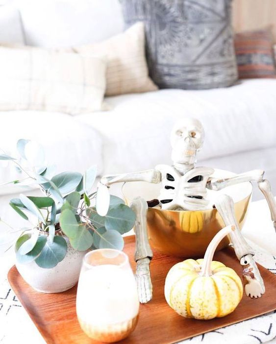 Stylish Halloween Decorating Idea 17