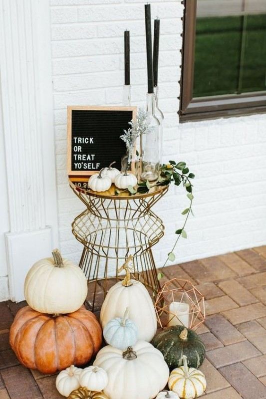 Stylish Halloween Decorating Idea 19