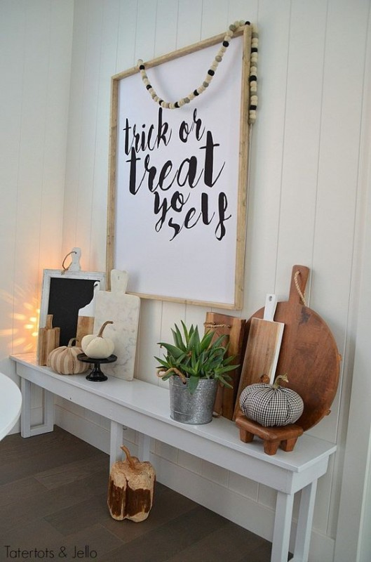 Stylish Halloween Decorating Idea 23
