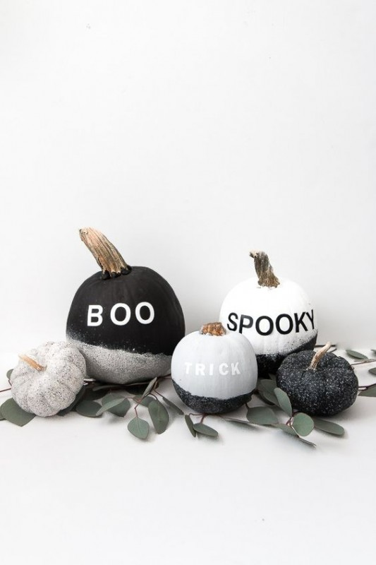 Stylish Halloween Decorating Idea 7