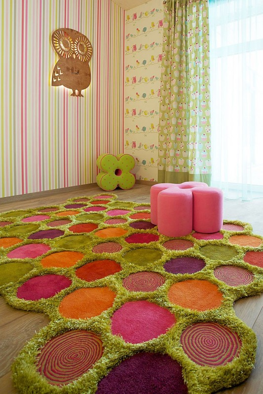 Bright Carpet in the Kids Room 21